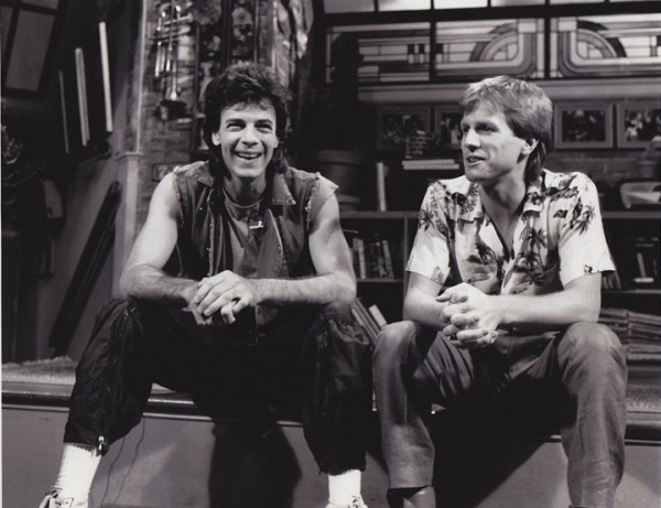 Rappin' with the Rickster: Rick Springfield visits the MTV studios and talks to VJ Alan Hunter