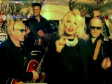"Kim ""Kids In America"" Wilde and Nik ""Wouldn't It Be Good"" Kershaw Rock Around The Christmas Tree In New Video"
