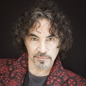 """John Oates today, touring to support his 3-CD solo compilation """"Good Road To Follow"""""""