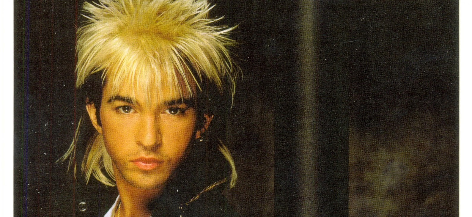 """Too Shy"" and ""NeverEnding Story"" Singer Limahl Talks Stranger Things, Kajagoogoo, Dennis Miller (?) and His New Holiday Song ""London For Christmas"""